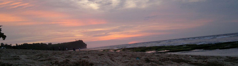 Menikmati Indahnya Sunset di Balangan Beach